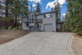 413 Ridgecrest Dr, Mammoth Lakes, CA 93546