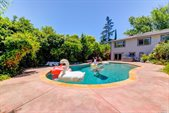 1818 San Ramon Way, Santa Rosa, CA 95409