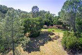 6995 Running Deer Road, Paso Robles, CA 93446