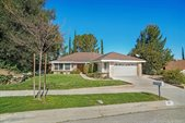 67 La Paz Court, Simi Valley, CA 93065