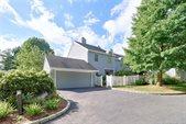 50 Edgewater Commons Lane, Westport, CT 06880