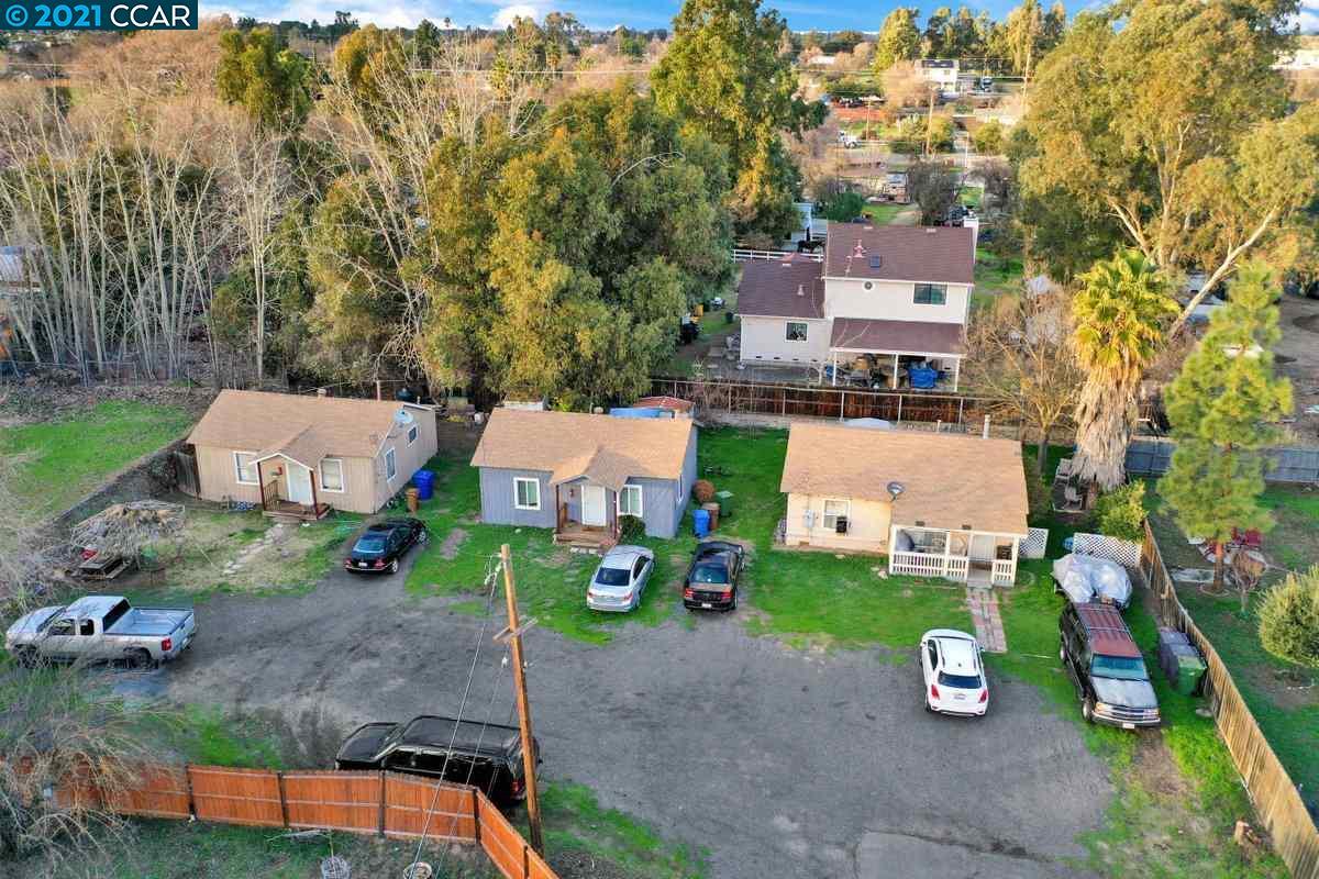 220 Sunrise Dr, Brentwood, CA 94513