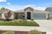 322 Hampstead Dr, Brentwood, CA 94513